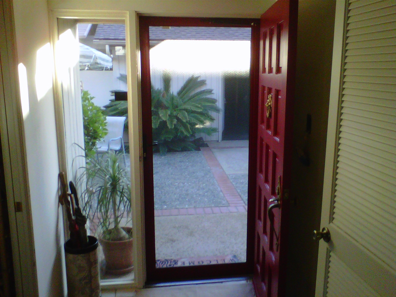 Security screen doors metal security sliding front metal for Sliding security doors